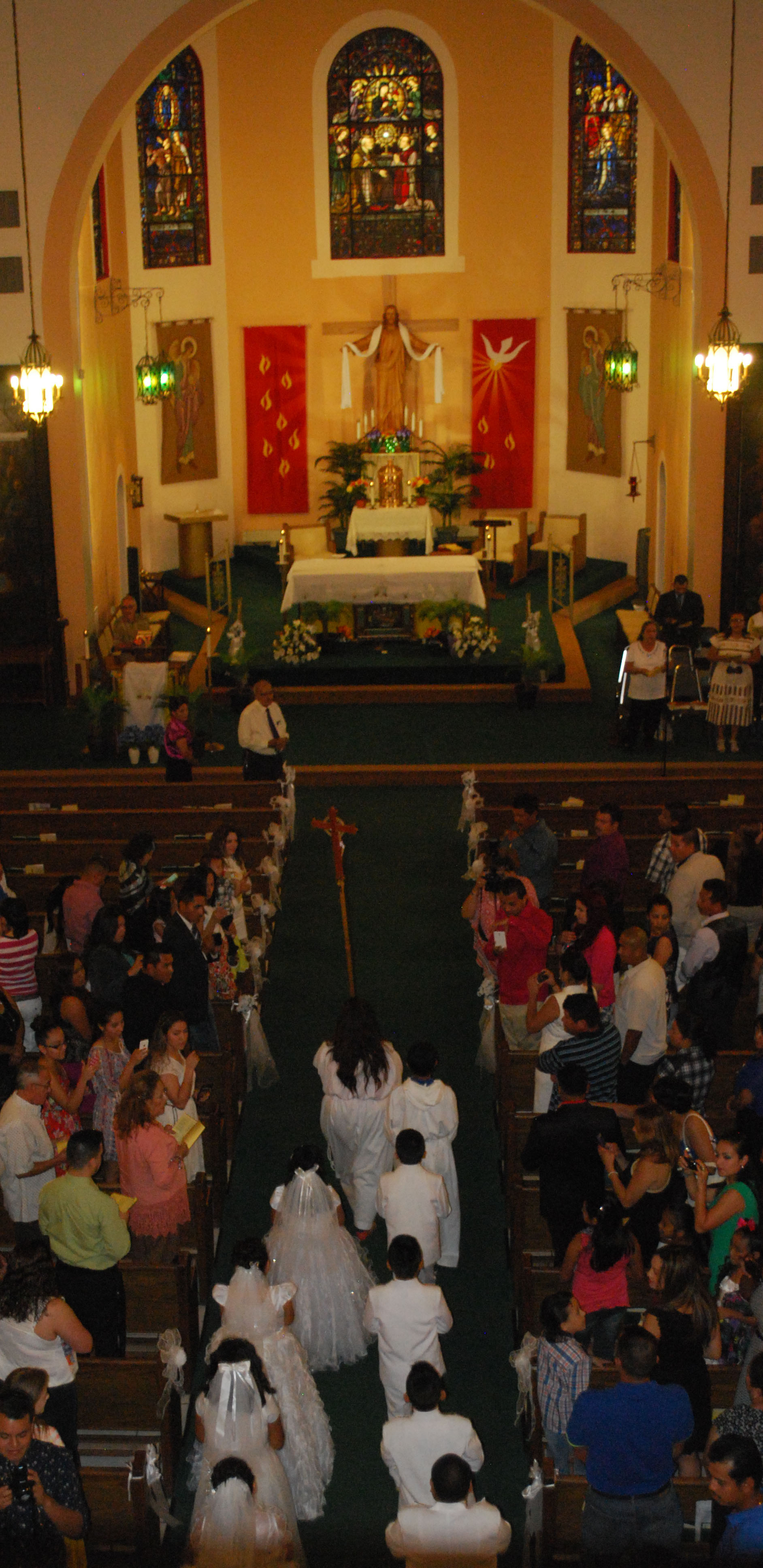 OLPH 2015 First Communion candidates in church